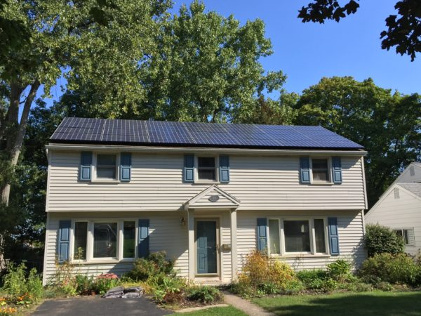 3 Reasons Why Rochester Homeowners Shouldn't Wait to Go Solar