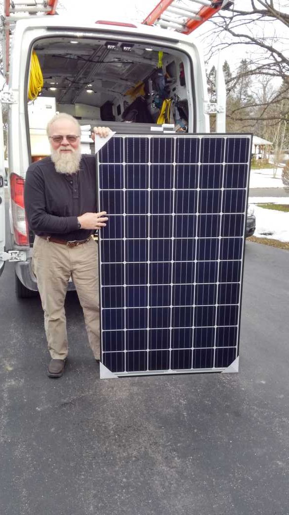 Seasonal Solar Panel Maintenance in Rochester